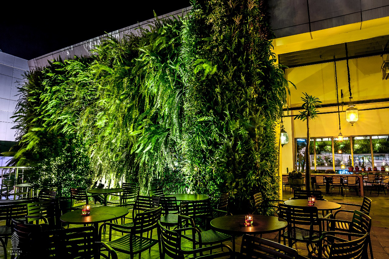 green wall restaurant indonesia